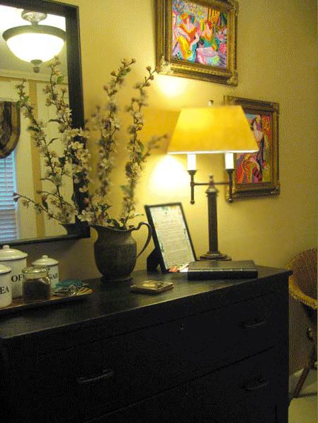Eureka Springs Bed and Breakfast Decor